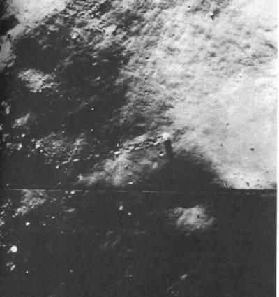 Катящиеся валуны на Луне и вода