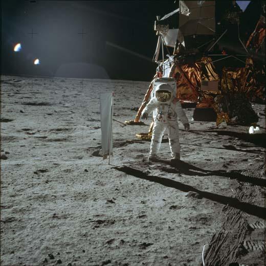 Аполлон-11, AS11-40-5873