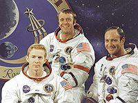 слева направо: Стюарт Руса, Алан Шепард, Эдгар Митчелл