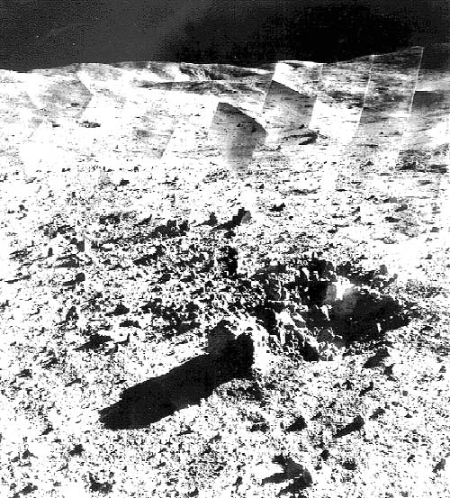 Звездное небо над поверхностью Луны