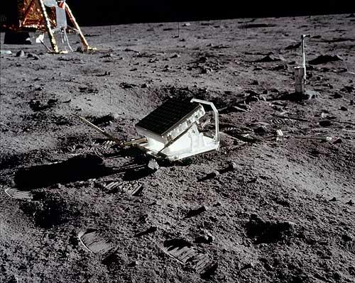 Уголковый отражатель Аполлон-11